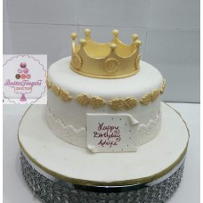 "8"" Fondant Cake With Crown"
