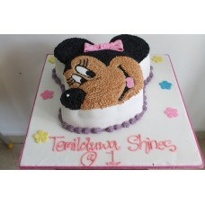 Minnie Mouse Character Cake