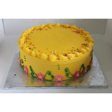 "8"" sponge cake with buttercream"